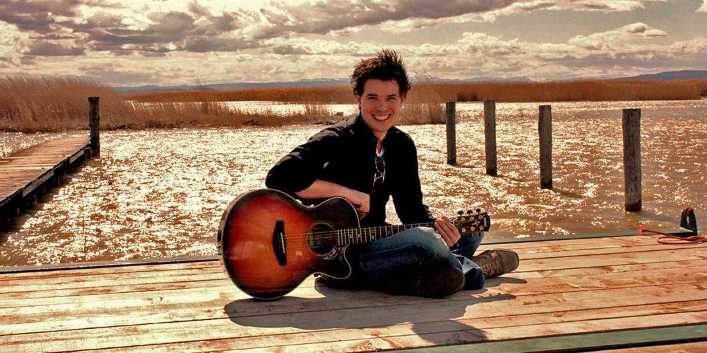 Emanuel Grand Acoustic Guitar Music